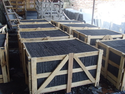 black roofing tiles packing in factory