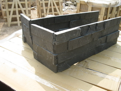 black slate wall stone corners